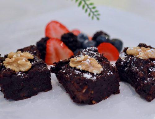 Deliciosos brownies veganos con dátiles